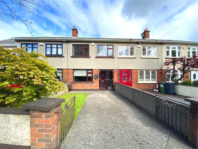 Main image for 3 Woodford Downs, Clondalkin, Dublin 22, D22Y152