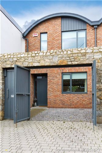 Loreto, 10b The Mews, Prince Edward Terrace, Blackrock, Co. Dublin