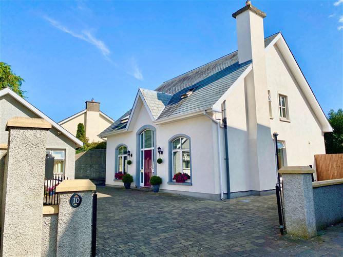 Main image for 10 College Square, Kilkenny, Kilkenny