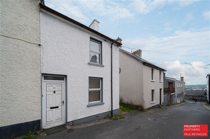 Main image for 5 McClures Terrace, Letterkenny, Donegal, F92 N5DH
