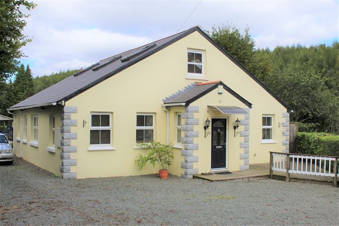 Three Wells Ford Cottage, Aughrim, Wicklow