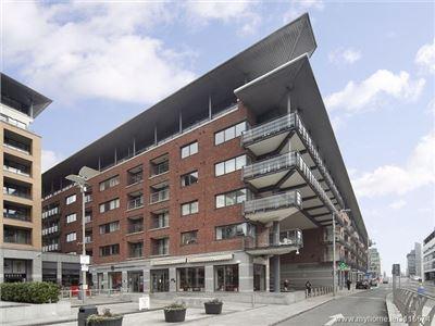 Apt. 5 Valentia House, Custom House Square, IFSC,   Dublin 1