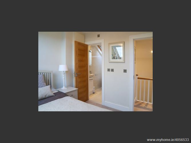 Mews apartment off Merrion Square, South City Centre, Dublin 2