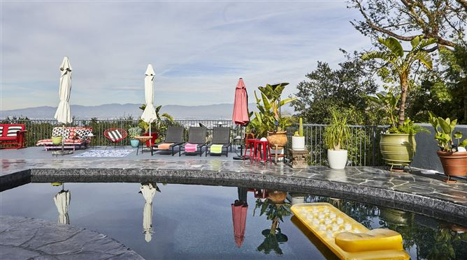 Main image for Cosy On Mulholland,Los Angeles,California,USA