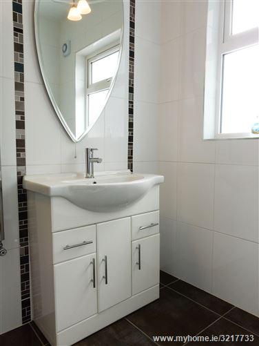 Bathroom Tiles Ennis rockmount cross, ennis, clare - douglas newman good