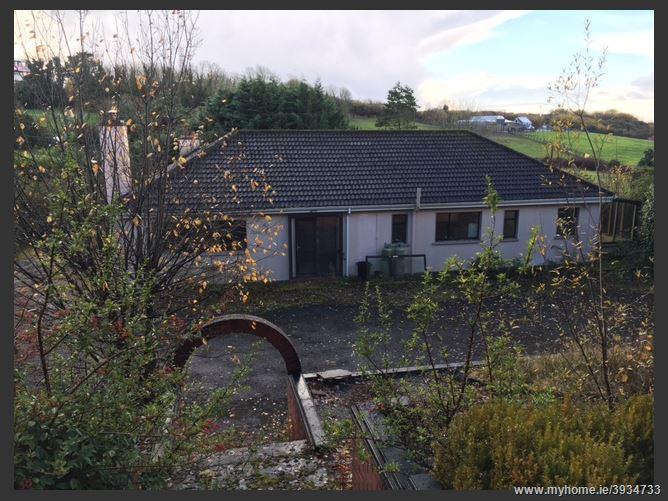 Photo of Woodville Cottage, Castlegar, Galway