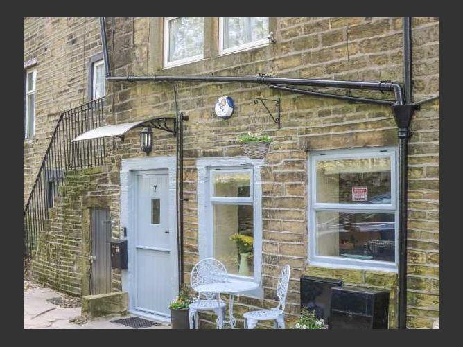 Main image for Dove Cottage, HAWORTH, United Kingdom
