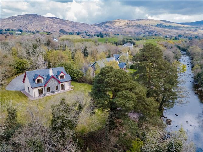 Oak Lodge, Sheen River, Gearhadiveen, Kenmare, Co Kerry