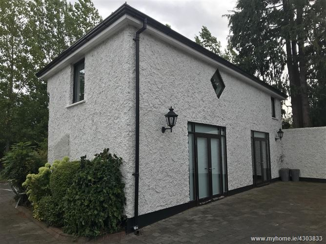 The Coach House, Annfield House , Castleknock, Dublin 15