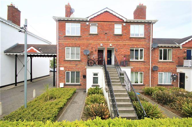 Main image for 14 Green Isle Court, Clondalkin, Dublin 22, D22 NW64