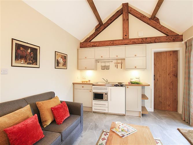 Main image for Llo Bach Bach, ABERGELE, Wales