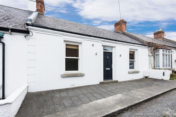 Photo of 2 Monte Vella, Barnhill Road, Dalkey, County Dublin