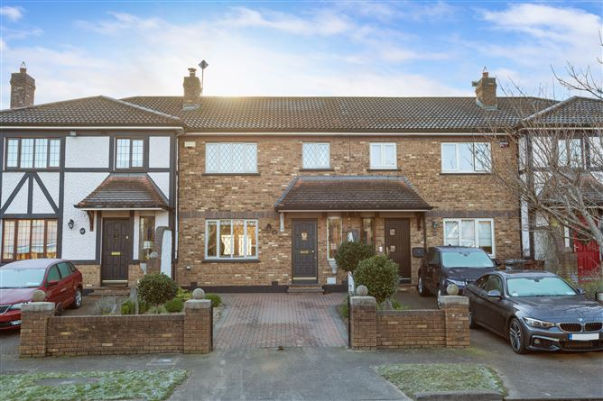 Main image for 68 Holywell, Upper Kilmacud Road, Goatstown, Dublin 14