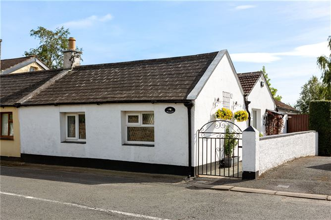 Main image for Moyville Cottage,Blacklion,Greystones,Co Wicklow,A63XK85