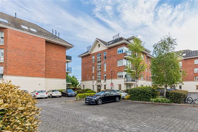 Main image for 13 The Willow, Grattan Wood, Hole-In-The-Wall Road, Dublin 13, Dublin