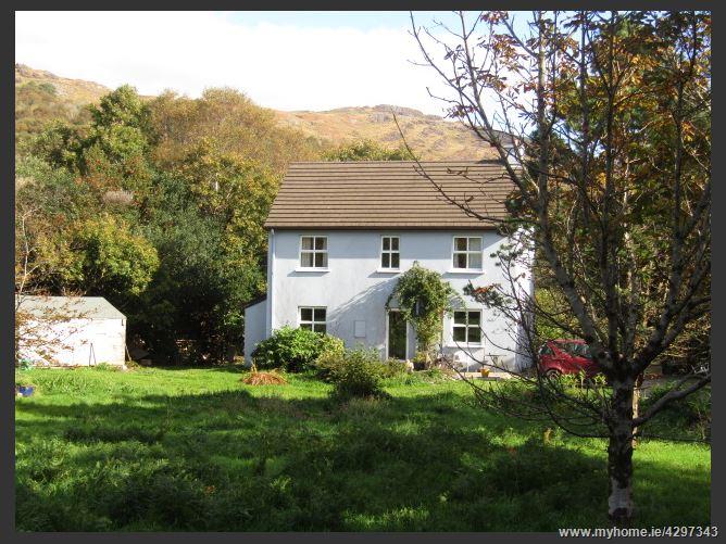 Main image for Crosta West, Glengarriff, West Cork, P75W529