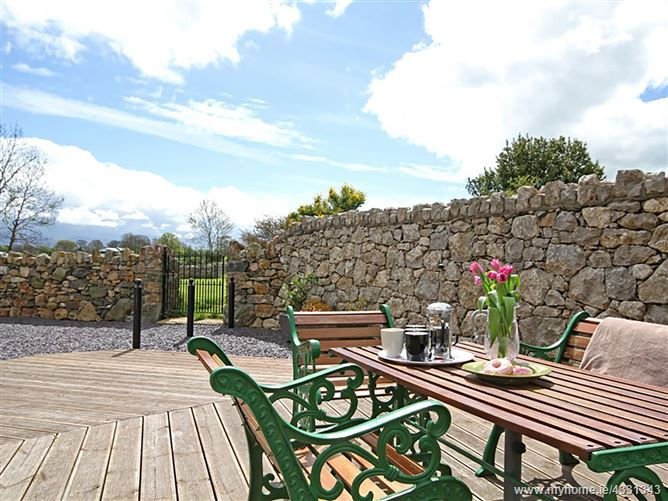 Main image for Plas Cefn Mawr,Llanedwen, Anglesey, Wales