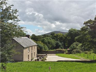 Main image of Rhostwarch Old Farm House,Brynberian, Pembrokeshire, Wales