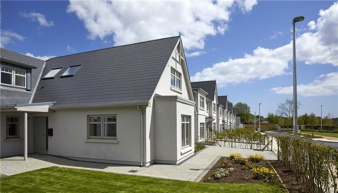 Main image for 4 Bedroom Detached Dormer Bungalow, Ballinahinch Wood, Ashford, Co. Wicklow