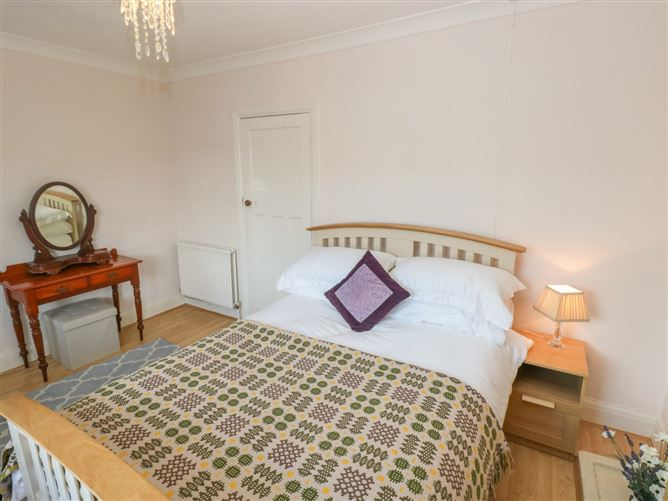 Main image for Cottage in Burry Port,Burry Port, Carmarthenshire, Wales
