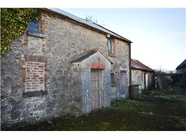 Photo of Derelict Farmhouse, Matthews Lane, Donore Road  , Drogheda, Louth