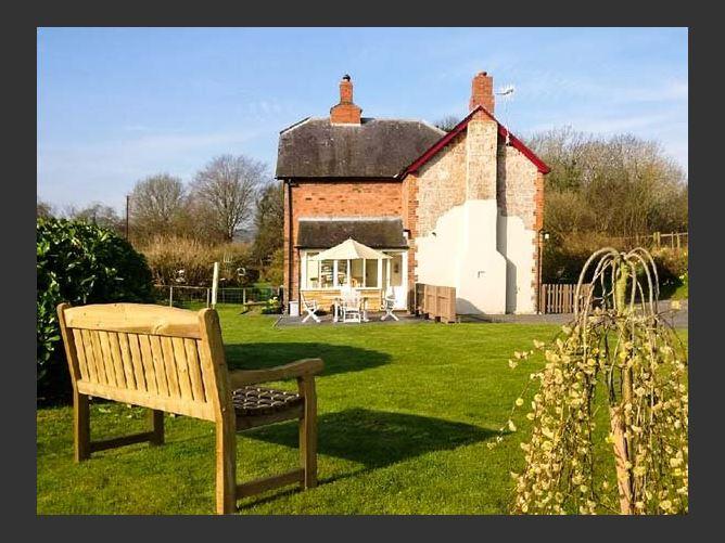 Main image for 2 Siluria Cottage Family Cottage,Walton, Powys, Wales