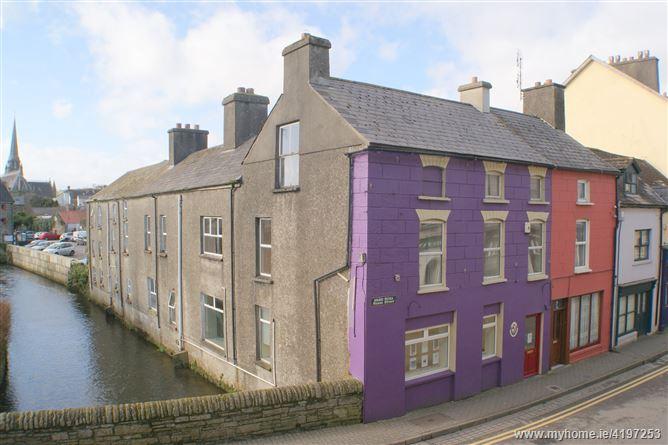 Bridge House, Rossa Street, Clonakilty,   West Cork