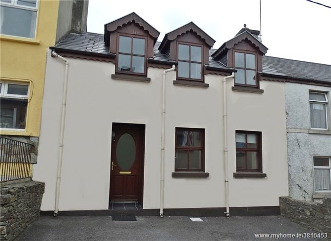 4 Scart Road, Bantry, Co Cork