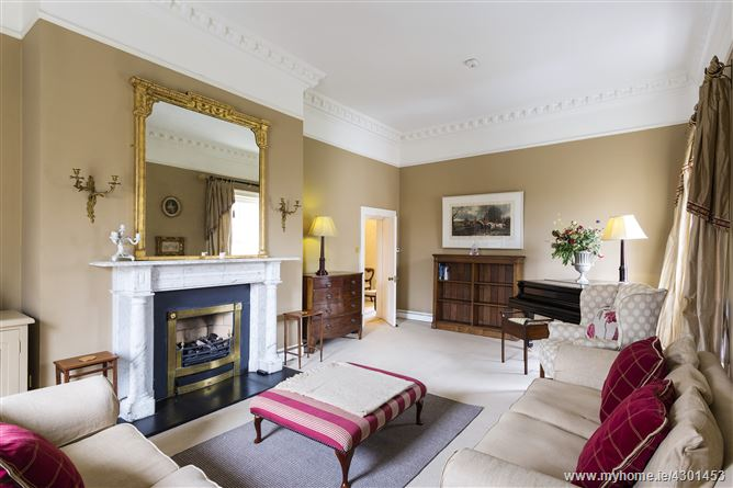 16 Raglan Hall, Clyde Road, Ballsbridge, Dublin 4
