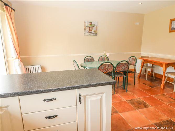 Main image for 37 Rossdara Family Cottage,37 Rossdara, Loreto Road, Killarney, County Kerry, Ireland