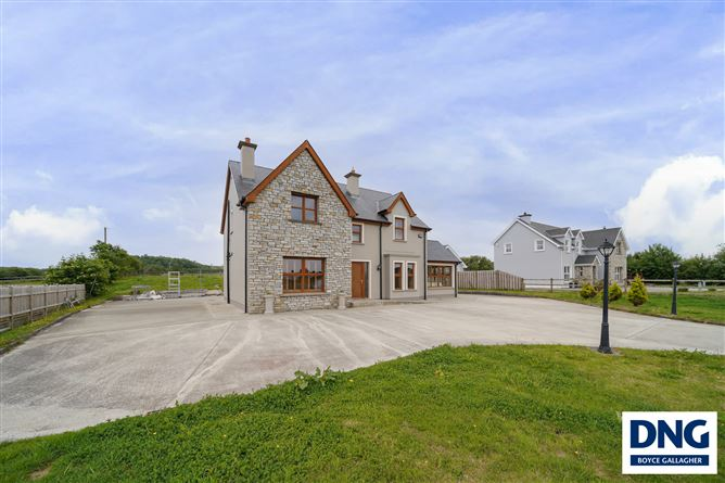 Main image for 2 Mill Farm, Drumhaggart, Muff, Donegal