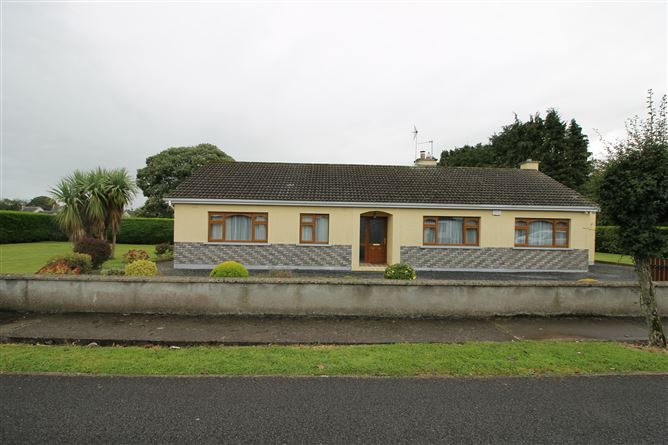 Main image for 3 Oakdale, Templemore, Tipperary