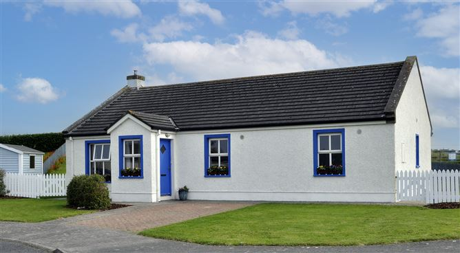 Main image for 3 Dún na Sí, Carrowhubbock South, Enniscrone, Sligo