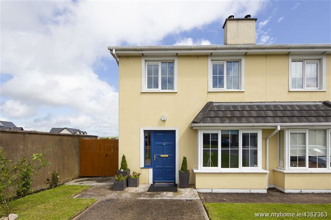 Main image for No. 18 The Crescent, Lus an Ime, Cloyne, Midleton, Cork