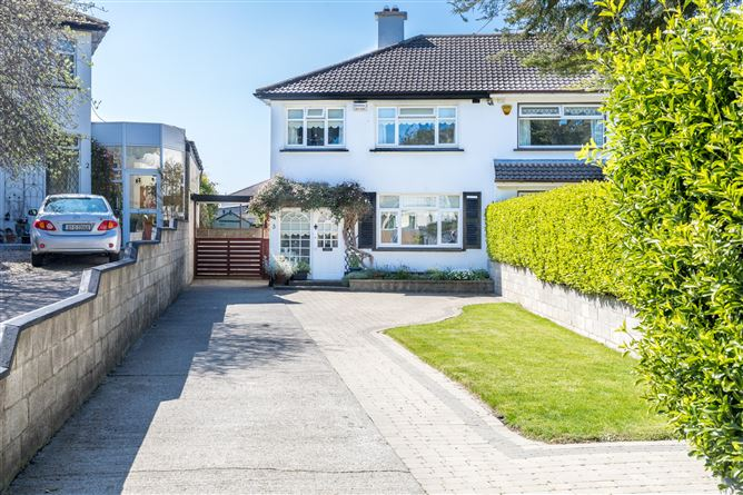 Main image for 3 Carrickhill Road Middle, Portmarnock, County Dublin