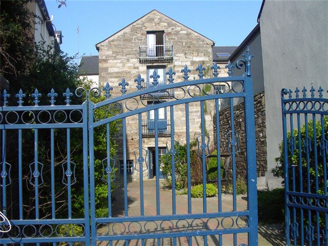 Main image for 1 Old Mill,James Street,Westport,Co Mayo,F28 E068