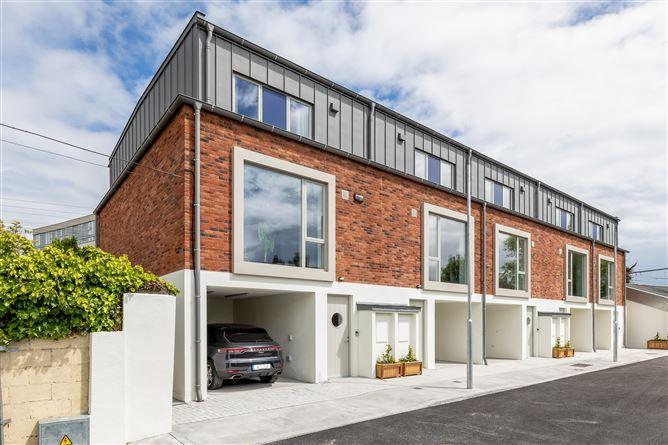 Main image for 12 Emerald Cottages, Ballsbridge, Dublin 4