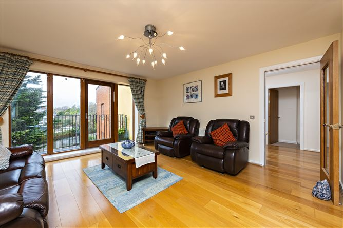 Main image for 19 ROSEMOUNT HALL, Glandore Road, Griffith Avenue, Drumcondra, Dublin 9