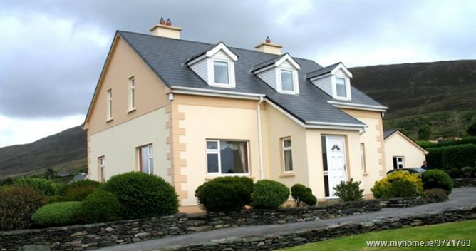 Laharn House, Caherciveen, Kerry