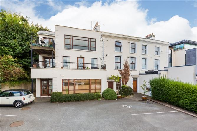 Main image for 6 Waveney, Harbour Road, Howth,   County Dublin