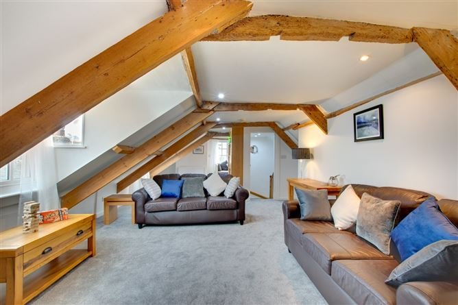 Main image for Top Storey,Dartmouth,Devon,United Kingdom