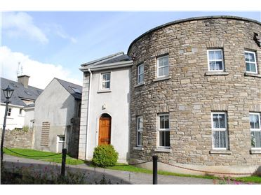 1 Johns Court, Roscrea, Co Tipperary
