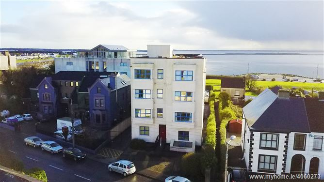 19 Galway Bay Apartments , Salthill, Galway City