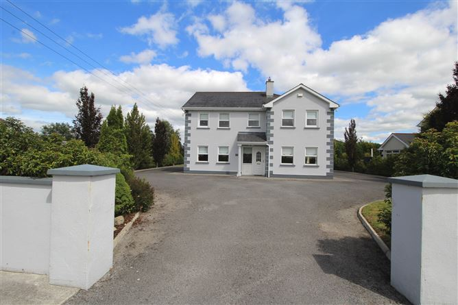 No.4 The Rocks, Stonepark, Longford, Longford