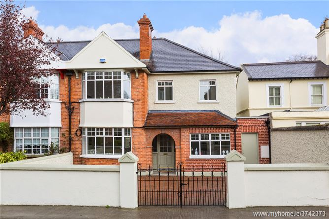 10 Anglesea Road, Ballsbridge, Dublin 4