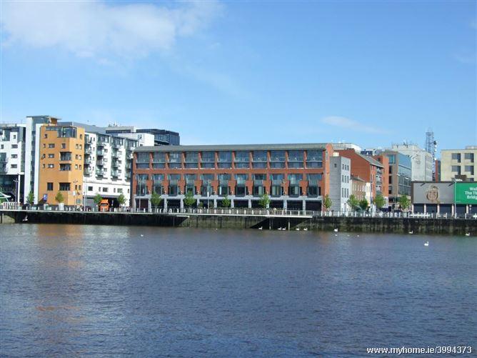 Riverfront , Howleys Quay , Limerick