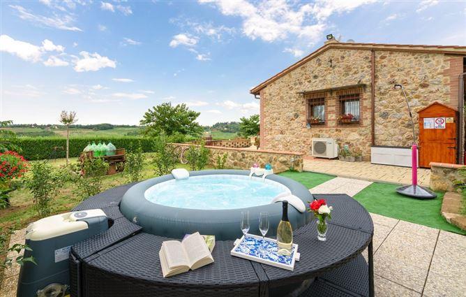 Main image for Poggio agli ulivi,Castellina in Chianti,Tuscany,Italy