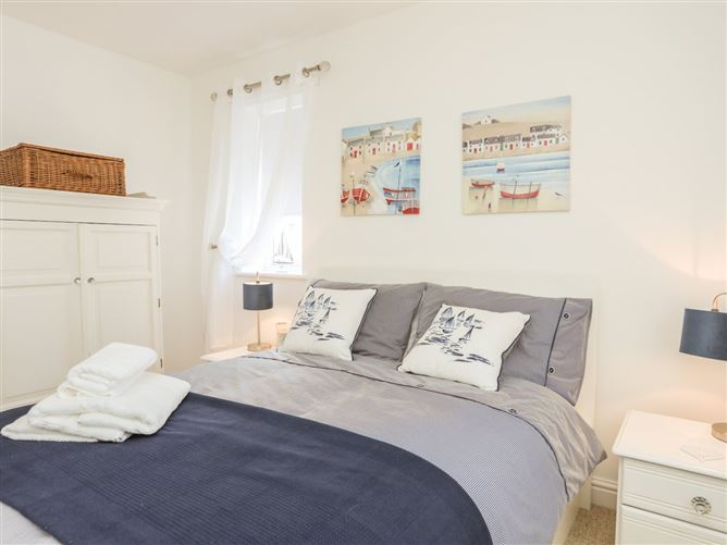 Main image for Encillion, 23 Garreglwyd,Benllech, Anglesey, Wales