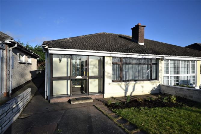56 Oak Court Avenue, Palmerstown,   Dublin 20