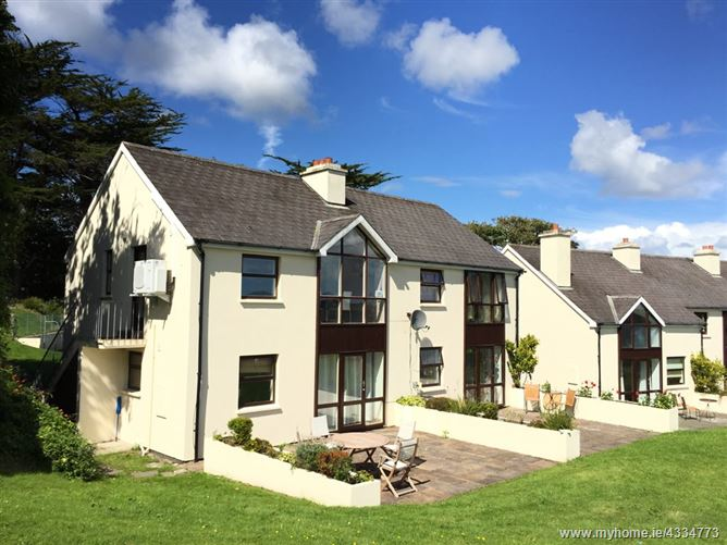 Main image for Crows Nest, The Moorings, Colla Road, Schull,   West Cork